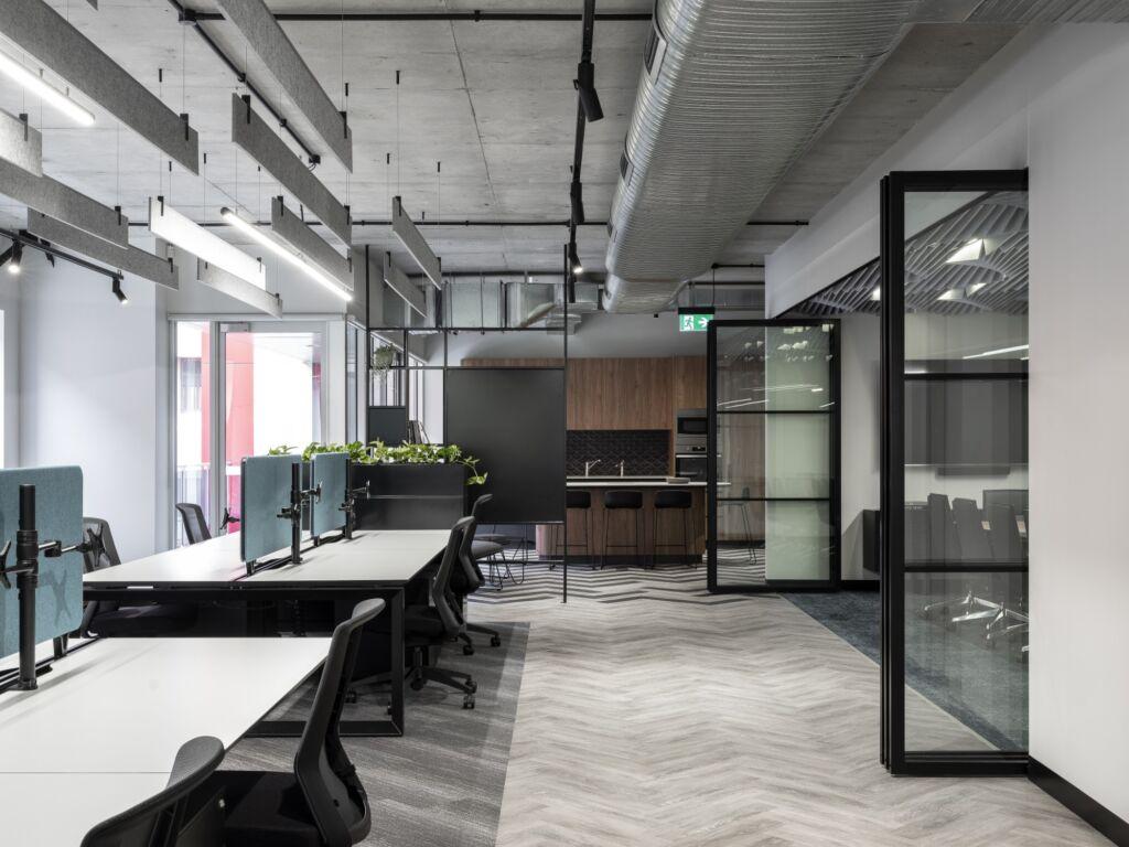 #morethanspace #interiordesign #commercialdesign #officedesign #workplacedesign #workspacedesign #workplacecollaboration #openplanoffice #ceilingacoustics #operablewalls #industrialofficedesign #herringbonefloor